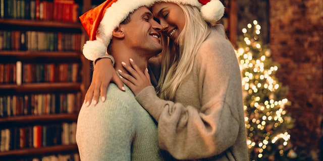"""You better watch out — you better not cry if you find yourself the victim of """"snow-globing,"""" the latest terrible dating trend to make headlines this Christmas season."""