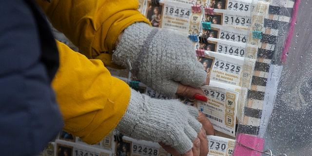 Westlake Legal Group AP-El-Gordo-2 Christmas lottery 'El Gordo' reveals winning ticket in annual event Nicole Darrah fox-news/world/world-regions/spain fox-news/world/world-regions/europe fox-news/world/world-regions fox news fnc/world fnc d03a0934-f908-5c4e-ae0c-b919ee729f39 article