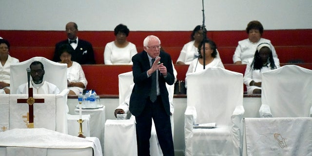 Democratic presidential hopeful Bernie Sanders speaks to a congregation in South Carolina. (AP Photo/Meg Kinnard)