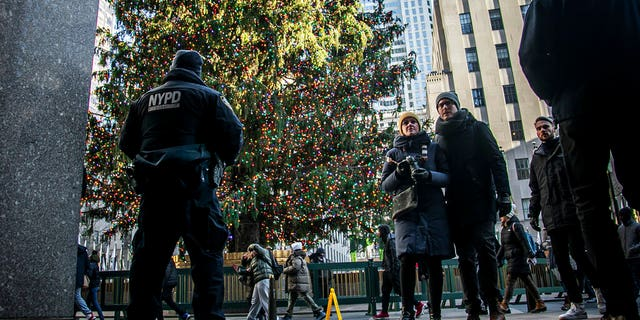 Westlake Legal Group AP19354014082574-1 Chicago could have its warmest Christmas Day for 25 years as chances of a 'white Christmas' dwindle across country fox-news/weather fox news fnc/us fnc Bradford Betz article 5aa2f1eb-fd76-5aff-9cd2-53b6d6982432 /FOX NEWS/LIFESTYLE/OCCASIONS/Holiday
