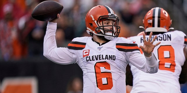 Cleveland Browns quarterback Baker Mayfield throws during the first half of an NFL football game against the Cincinnati Bengals, Sunday, Dec. 29, 2019, in Cincinnati. (AP Photo/Bryan Woolston)