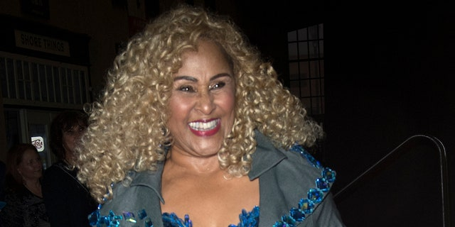 "Darlene Love will perform her holiday classic on ABC's ""The View"" on Dec. 20 following a spat with NBC."