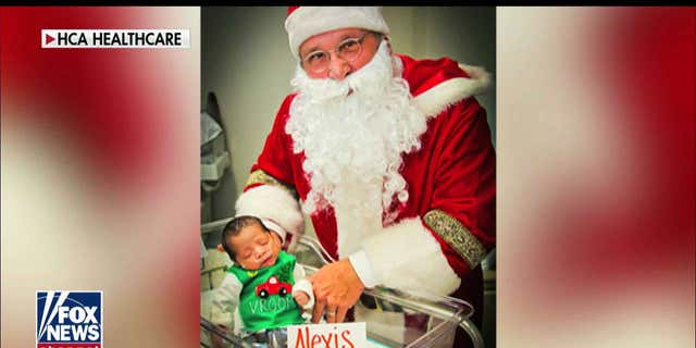 Westlake Legal Group ENC3_132208016827310000 NICU nurse knits festive 'ugly' Christmas sweaters for fragile babies: 'It's important' Julia Musto fox-news/special/occasions/christmas fox-news/shows/fox-friends-weekend fox-news/media/fox-news-flash fox-news/health fox-news/entertainment/events/babies fox news fnc/media fnc article 031be7d2-84e4-5d6f-91c9-c9c090794942 /FOX NEWS/LIFESTYLE/OCCASIONS/Holiday