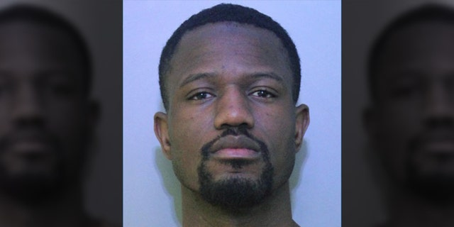 Evenaud Julmeus, 30, of Haines City, Fla., forsaken off his son in front of a sealed policedepartment, according to an affidavit.