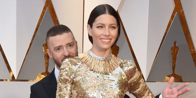 Justin Timberlake and Jessica Biel arrive at the 2017 Oscars, where Timberlake's