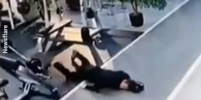Gymgoer drops barbell on chest and falls flat on his face, allegedly while drunk