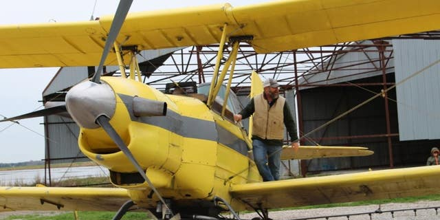 Westlake Legal Group LA2 Crop duster sprinkles holy water down on Louisiana town Louis Casiano fox-news/us/us-regions/southeast/louisiana fox-news/us/us-regions/southeast fox-news/us/religion/roman-catholic fox news fnc/us fnc article 878cfe57-cedc-5336-846d-74e6a71a3bce