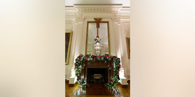 Westlake Legal Group Official-White-House-Photo-by-Andrea-Hanks-21 White House unveils Christmas decor with 'Spirit of America' theme Janine Puhak fox-news/special/occasions/holiday fox-news/lifestyle fox-news/house-and-home fox news fnc/real-estate fnc article 69dedc76-82d9-50d9-afb9-1deb816e314e /FOX NEWS/LIFESTYLE/REAL ESTATE