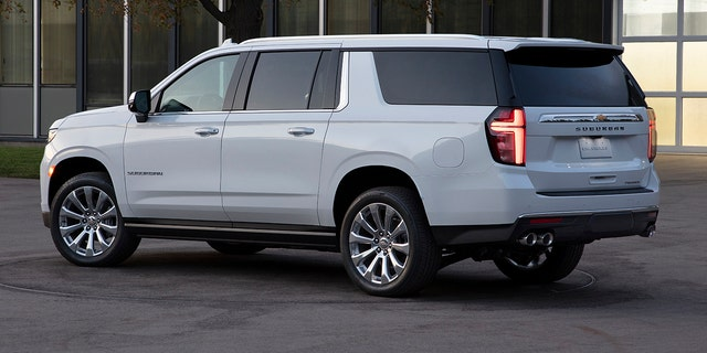 Used Chevy Tahoe >> The 2021 Chevrolet Tahoe and Suburban debut with more room, new tech and a diesel | Fox News
