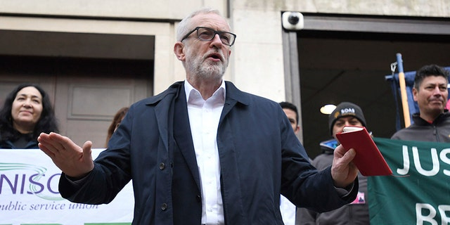 Labour personality Jeremy Corbyn speaks outward Birkbeck/SOAS University of London as he announces his party's devise Tuesday for a prolongation of workers' rights.