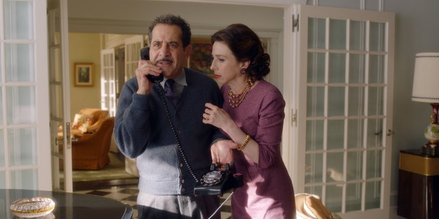 (L - R): Tony Shalhoub as Abe Weissman and Marin Hinkle as Rose Weissman