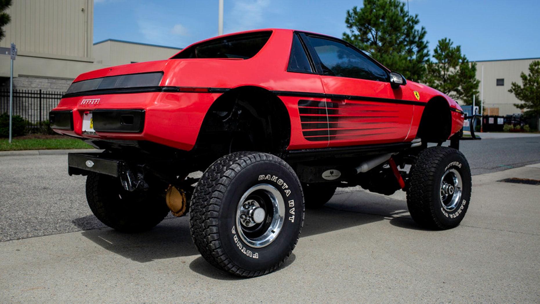 Pontiac Fiero-Chevy Blazer