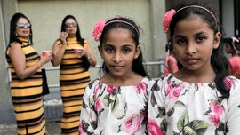 Sri Lanka flooded with twins for attempted record-breaking gathering