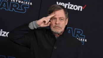 Mark Hamill teases how he's been in every 'Star Wars' movie since 2015