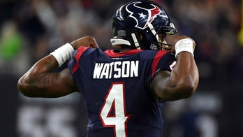 Deshaun Watson agrees to 4-year, $160 million extension with Texans