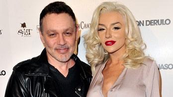 Courtney Stodden, Doug Hutchison finalize divorce
