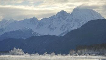 'Bomb cyclone' slams Alaska's Aleutian Islands