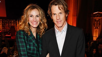 Julia Roberts, husband Daniel Moder make rare public appearance together to support Sean Penn's charity event