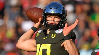Chargers should sit Justin Herbert his rookie season, former No. 3 overall pick says