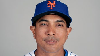 New York Mets officially hire Luis Rojas as new manager