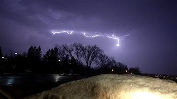 What is thundersnow? Why snowstorms produce lightning