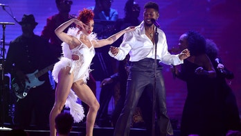 Grammys鈥� Prince tribute by Usher receives mixed reactions from viewers