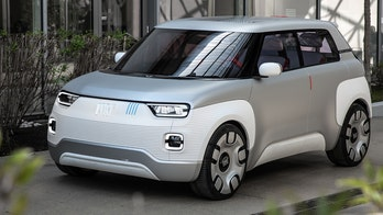 Fiat Chrysler and iPhone-maker Foxconn to team up on electric car in China