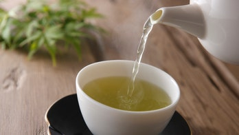 Want to live longer? Drink green tea instead of black tea, study concludes