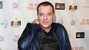Tom Sizemore arrested for DUI, possession of narcotics