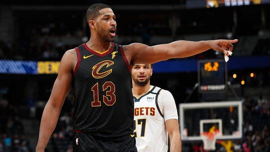 Cleveland Cavaliers' Tristan Thompson ejected after slapping butt of Memphis Grizzlies' Jae Crowder
