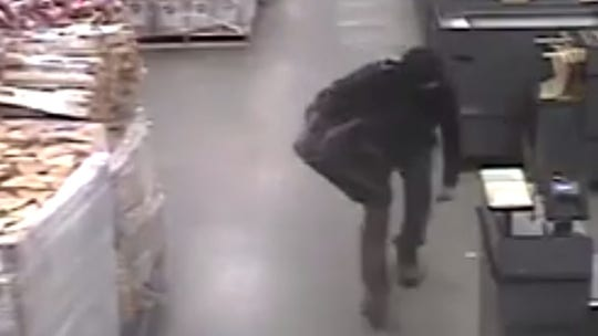 Man living in grocery store ceiling keeps eluding police: report