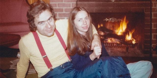 Elizabeth Kendall with her boyfriend Ted Bundy.