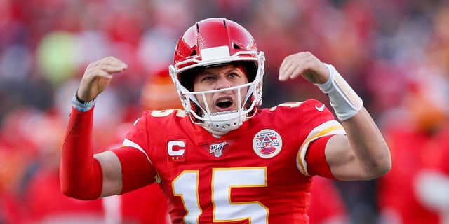 donald trump Kansas City Chiefs' Patrick Mahomes reacts after throwing a touchdown pass to Tyreek Hill during the first half of the NFL AFC Championship football game against the Tennessee Titans Sunday, Jan. 19, 2020, in Kansas City, Mpnt. (AP Photo/Charlie Neibergall)