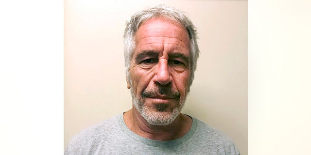 A new report commission by the Massachusetts Institute of Technology noted some school administrators were aware of Jeffrey Epstein鈥檚 donations to the school after his 2008 conviction for sex crimes.