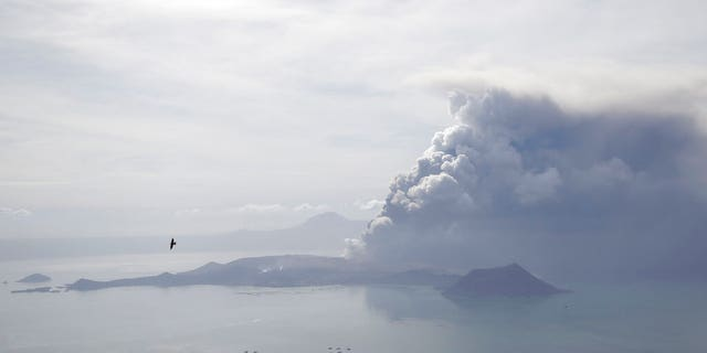 Westlake Legal Group AP20013265811245 Philippine volcano eruption shuts down Manila's international airport Joeal Calupitan JIM GOMEZ fox-news/world/world-regions/asia fox-news/science/planet-earth/natural-disasters fnc/world fnc Associated Press article 85c92bf5-8e7f-51d9-95f9-96e782d6cd2f