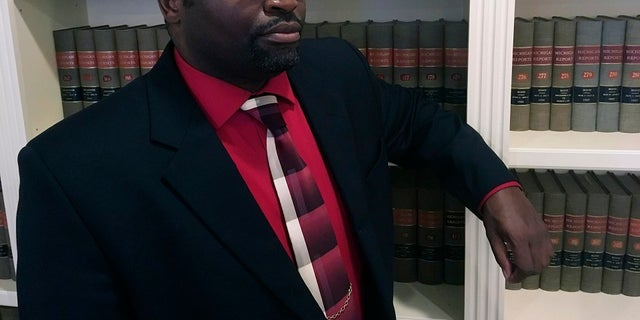 Westlake Legal Group AP20023834735545 Michigan bank calls police on black customer trying to deposit settlement check from a racial discrimination lawsuit Louis Casiano fox-news/us/us-regions/midwest/michigan fox news fnc/us fnc article 6c29c70c-c680-596b-aaf1-9587a6bbeb80