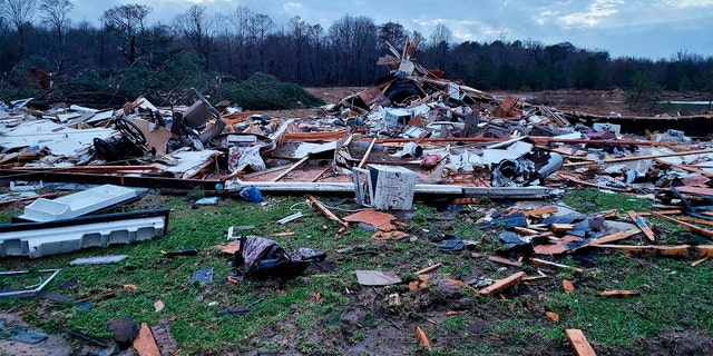 Westlake Legal Group Alabama-Storm-AP-3 Storms in South blamed for 7 deaths, including 3 in Alabama from tornado Robert Gearty fox-news/weather fox-news/us/us-regions/southwest/texas fox-news/us/us-regions/southwest/oklahoma fox-news/us/us-regions/southeast/mississippi fox-news/us/us-regions/southeast/louisiana fox-news/us/us-regions/southeast/alabama fox-news/us/us-regions/midwest/missouri fox-news/us/us-regions/midwest/arkansas fox news fnc/us fnc article 59b4a1af-5e4b-53c6-919c-9d591fb175ab