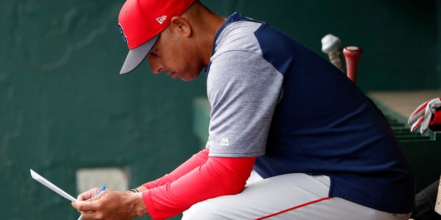 Alex Cora, ex-Red Sox manager, appears to suggest Carlos Beltran helping Yankees gain edge in resurfaced video