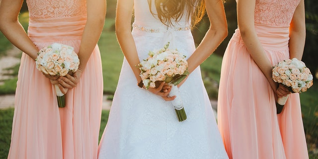 A soon-to-be bride has confessed that she does not want her sister in her bridal party because she will be wearing an arm sling after having surgery. (Photo: iStock)