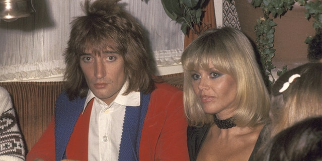 Rod Stewart and Britt Ekland at Carlos & Charlie's Restaurant in Los Angeles, California, circa 1977.