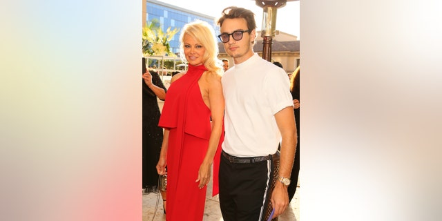 Pamela Anderson and Brandon Thomas Lee attend Shepherd Conservation Society's 40th Anniversary Gala For The Oceans at Montage Beverly Hills on June 10, 2017 in Beverly Hills, Calif.