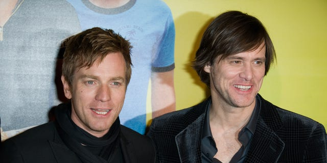 Actors Ewan McGregor (L) and Jim Carrey (R) attend the Premiere of 'I Love You Philip Morris' film at Cinematheque Francaise on February 1, 2010 in Paris, France.