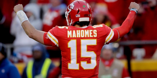 Kansas City Chiefs' Patrick Mahomes reacting after a touchdown run by Damien Williams during the second half of the AFC Championship game. (AP Photo/Charlie Riedel)