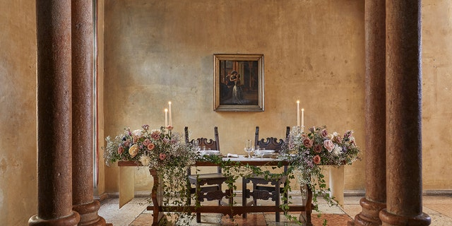 The two guests will be treated to a tour of Verona and Casa di Giulietta, as well as service from a personal butler and a candlelit dinner made by Michelin-starred chef Giancarlo Perbellini.
