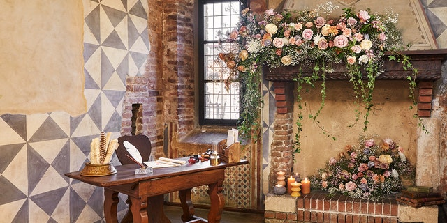 """Though?Shakespeare never specified the exact location of his ill-fated heroine's house, Casa di Giulietta has long been celebrated as her """"home"""" for tourism purposes."""