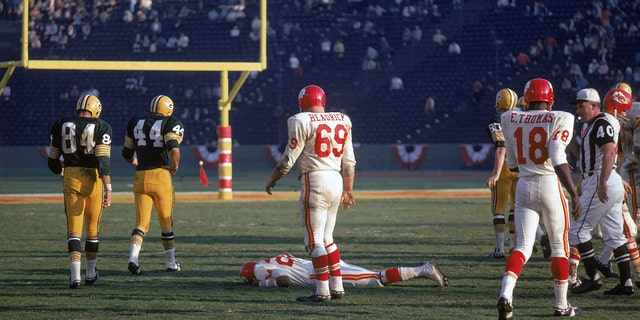 Fred Williamson of the Kansas City Chiefs lies prone on the field during the first AFL-NFL World Championships against the Green Bay Packers on January 15, 1967. (Photo by Robert Riger/Getty Images)