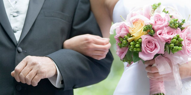 """""""I feel like I've torn what little family I have apart,"""" the bride writes. (Photo: iStock)"""