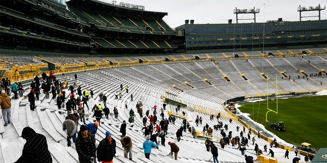 Green Bay is expected to get more than six inches of snowfall by Sunday morning.