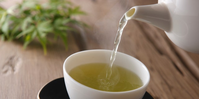 Drinking green tea on a regular basis could help you live longer, a study recently concluded.
