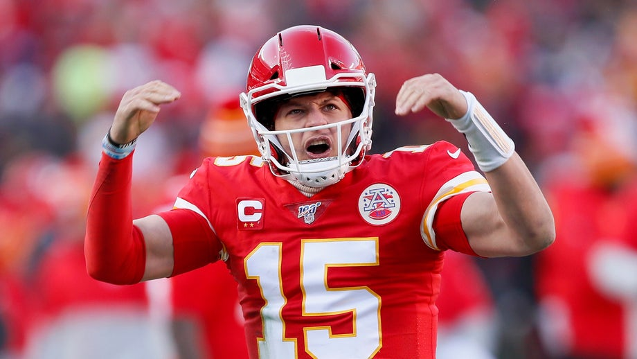 Patrick Mahomes, Chiefs agree to 10-year contract extension worth up to $503M: report
